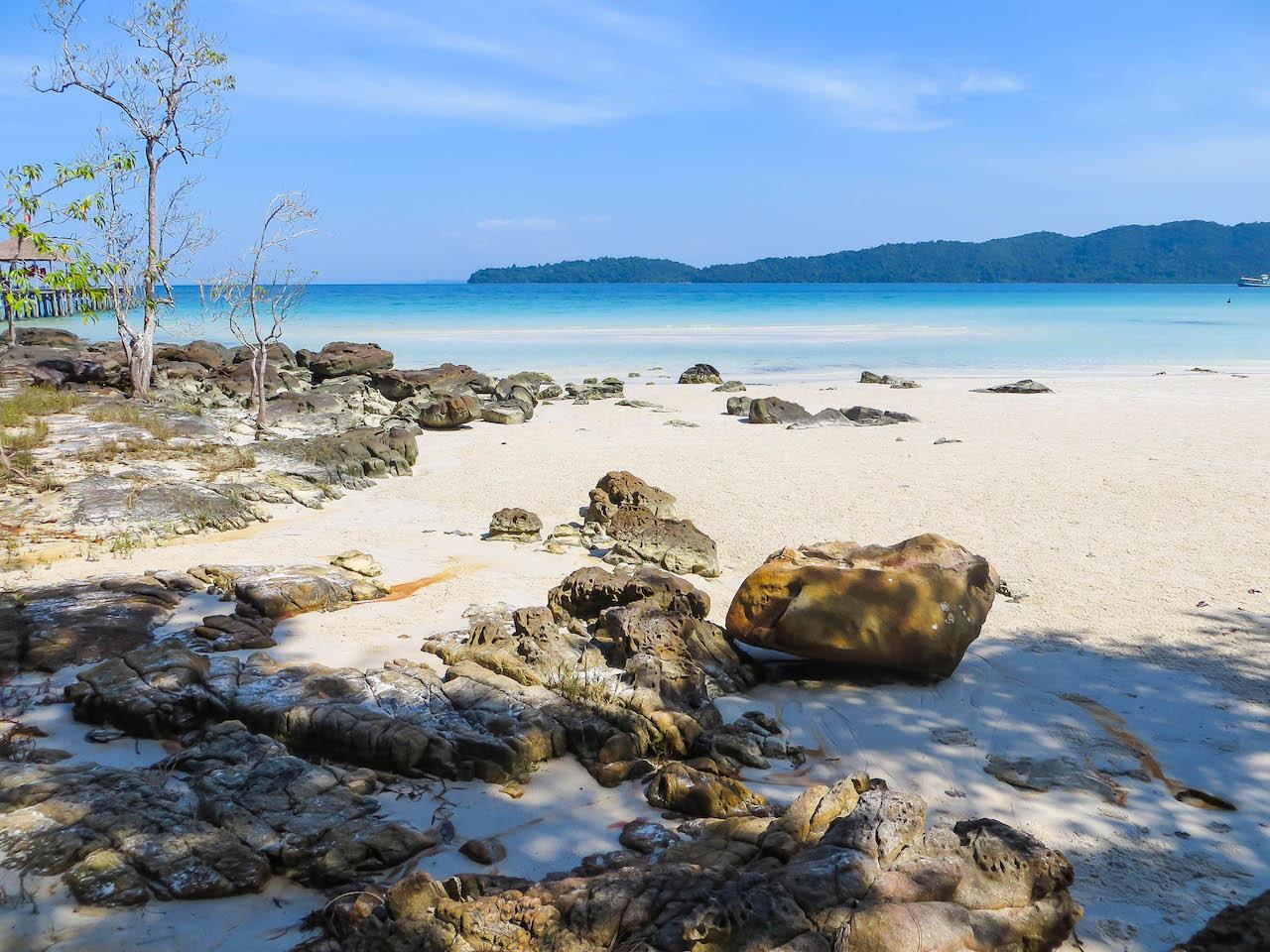 Strand auf Koh Rong Samloem.