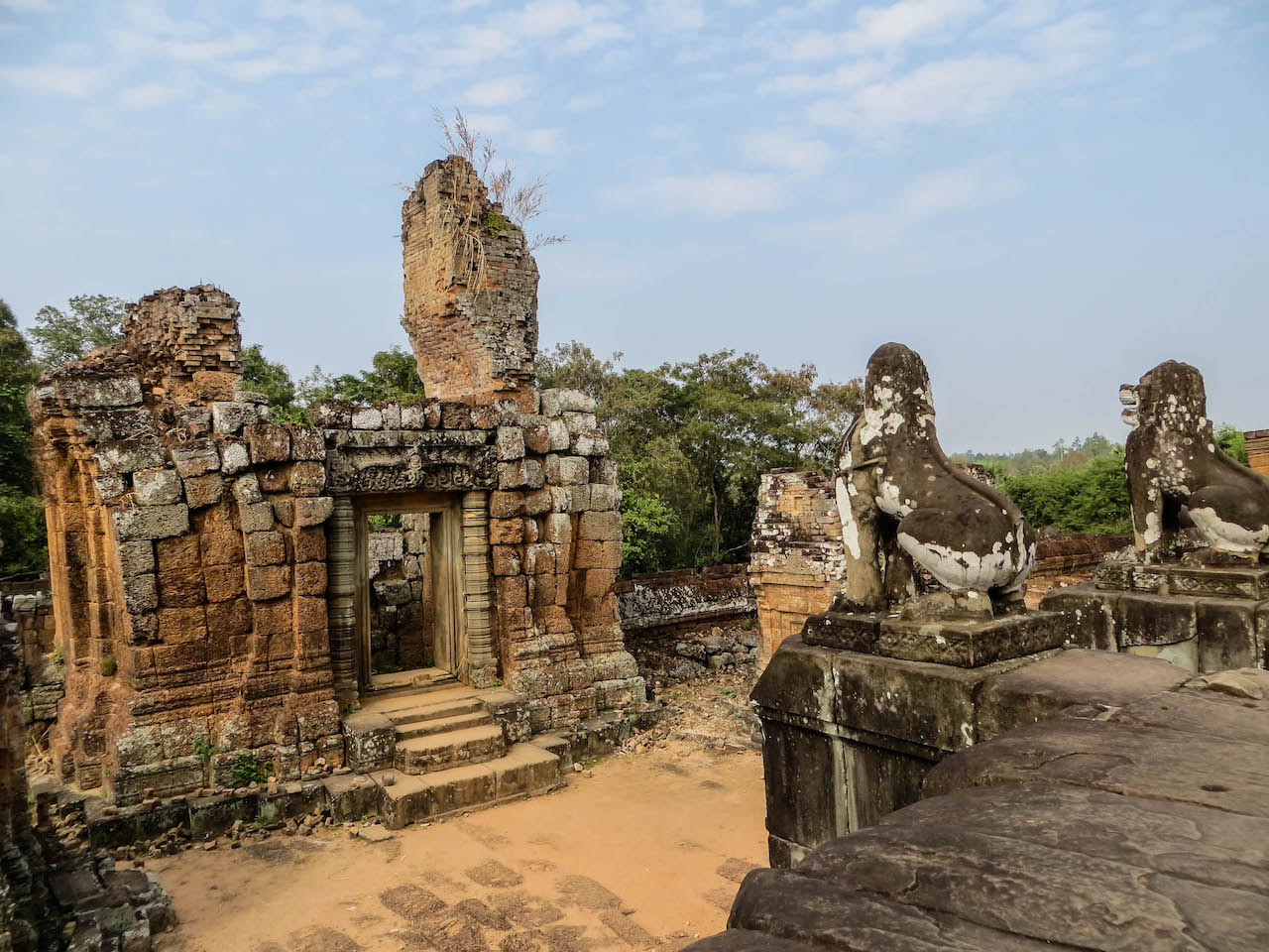 Wunderschöne Aussichten in den Tempelanlagen von Angkor Wat.