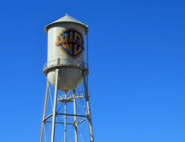 Der bekannte Wasserturm auf dem Gelände der Warner Brothers Studios.