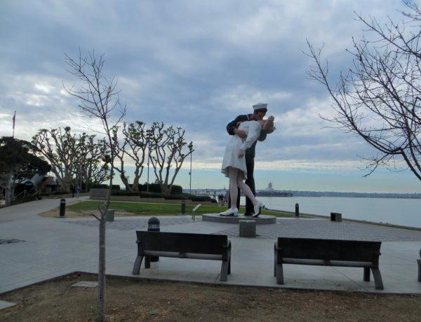 San Diego und der küssende Matrose....