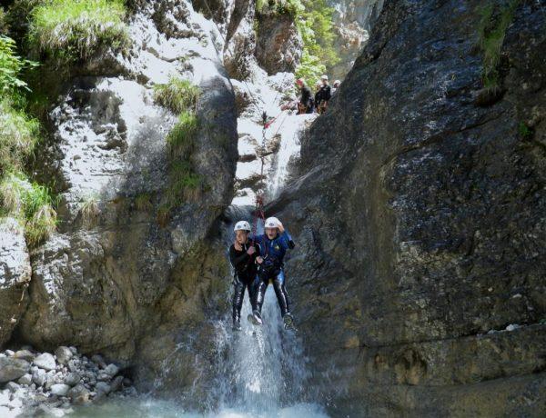 Canyoning in Tirol! Das musst du unbedingt mal ausprobieren! Bild: ©Kitzbüheler Alpen