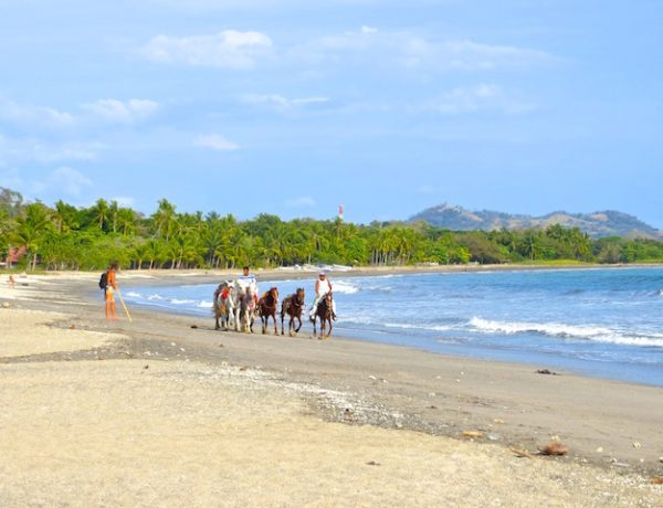 Am Strand von Sámara in Costa Rica.