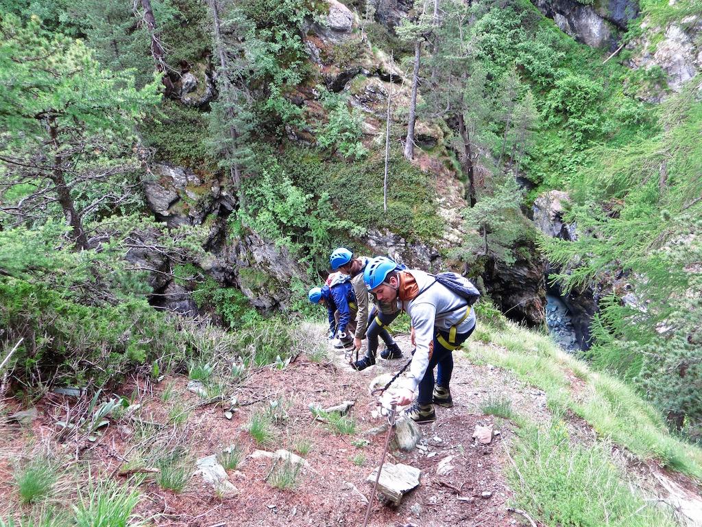 Der Trail startet langsam und gemütlich...