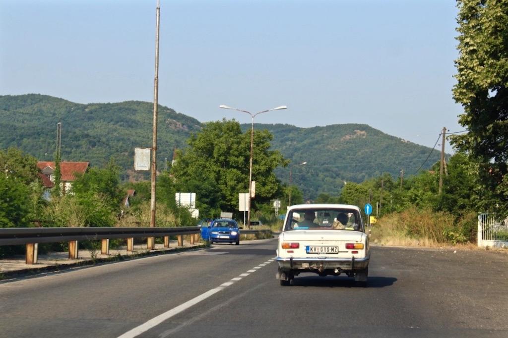 Alltägliches Bild auf Serbiens Strassen.