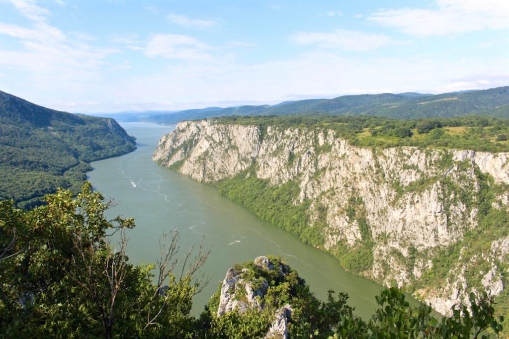 Unterwegs im Djerdap Nationalpark und mit Blick über die Donau.