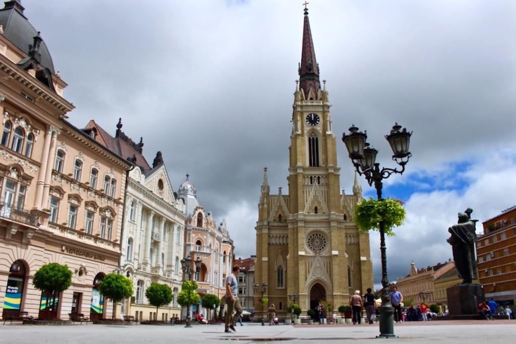 Wie jeder Ort in Serbien, gibts auch in Novi Sad immer zwei Seiten. Mal wunderschön...