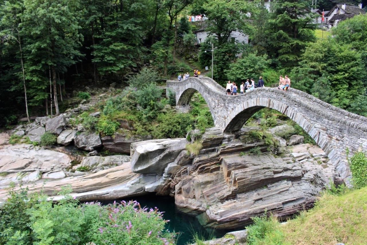 Die Ponte dei Salti in Lavertezzo.
