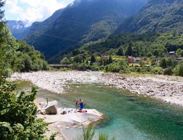 Die Schweiz einmal anders: Wandern im Verzasca Tal im Tessin