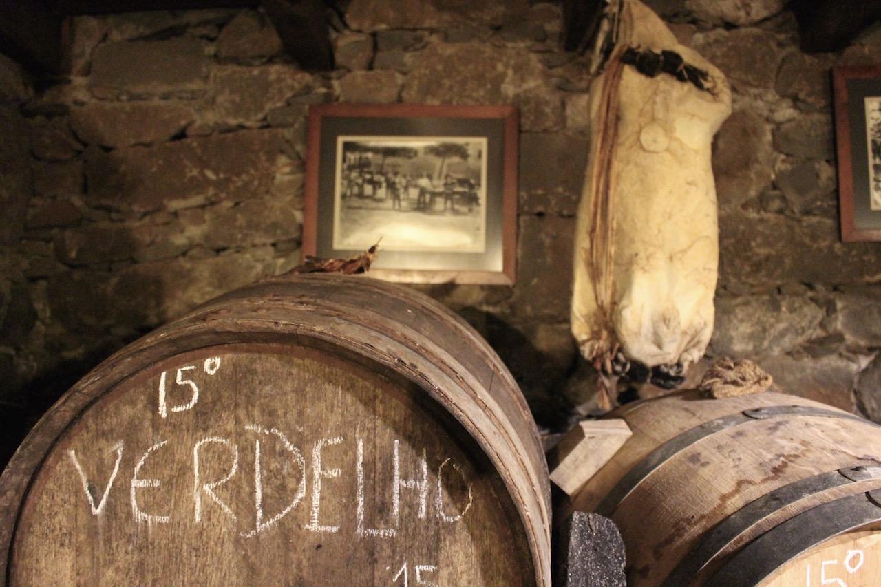 Auf Madeira gibt es viele Weinkellereien.