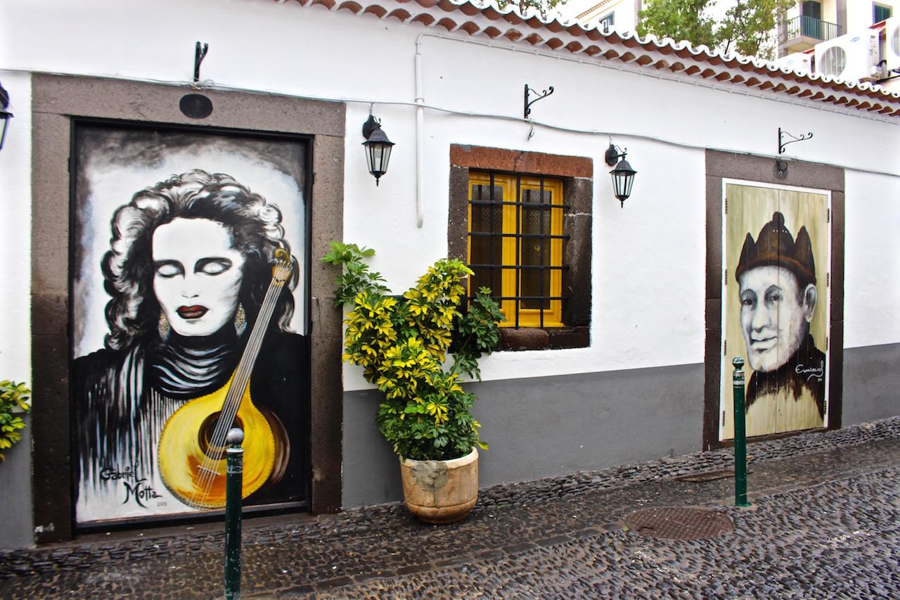 Fado ist auch in den Strassen Funchals präsent.