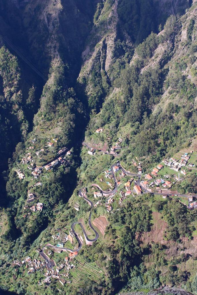 Sicht ins Tal vom Eira do Serrado.