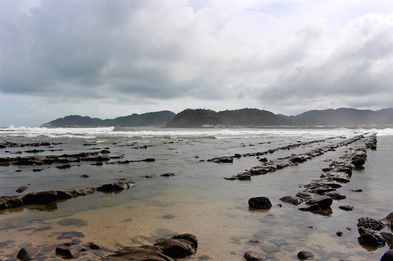 """Das """"Waschbrett des Teufels"""" rund um Aoshima Island."""