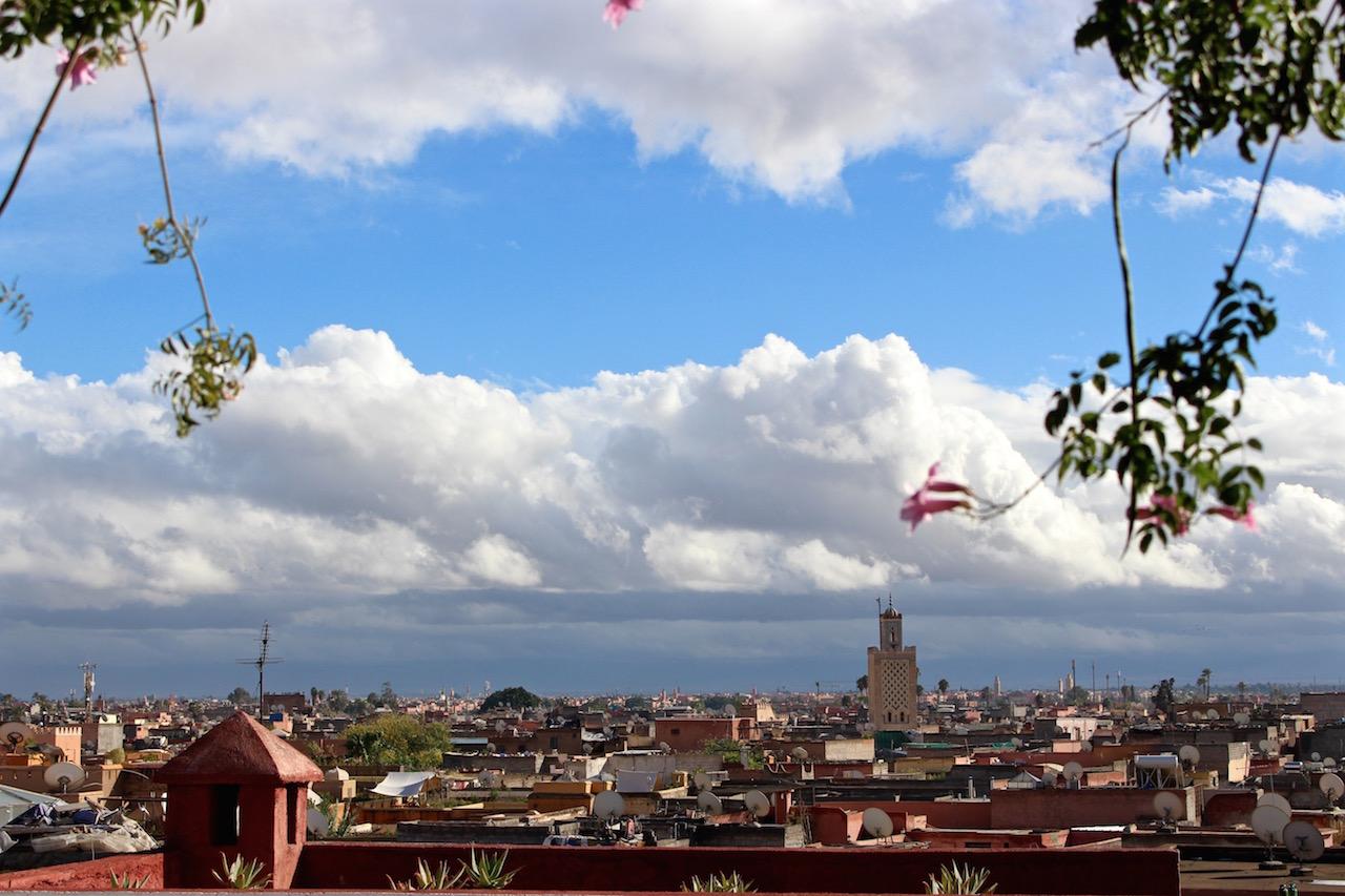 Die Aussicht von der Terrasse vom Maison de la Photographie.