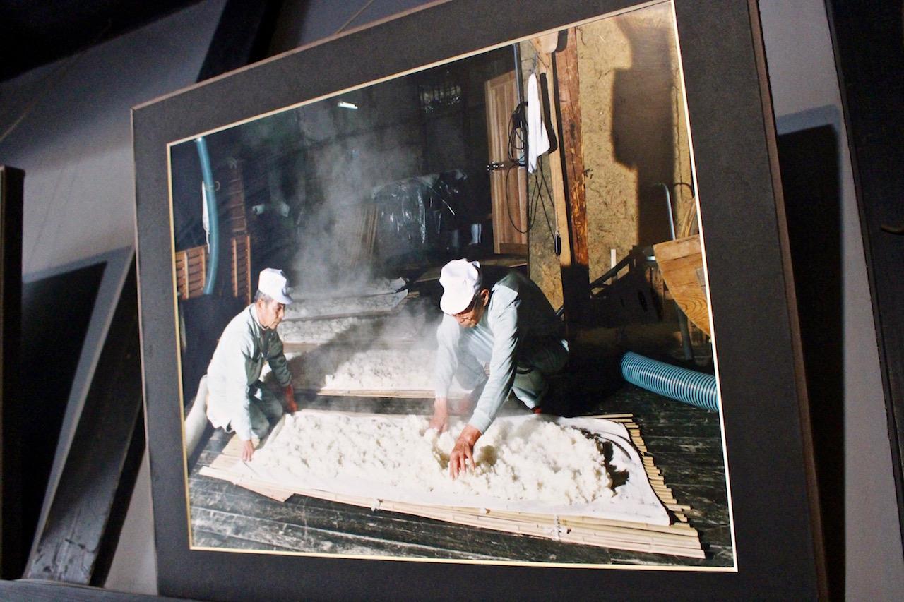 Traditionelle Sakeherstellung in Saijo.