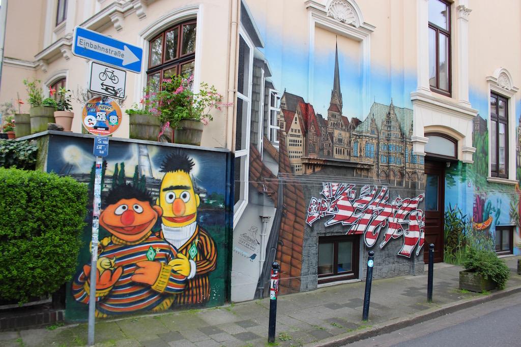 Ernie und Bert in Bremen.