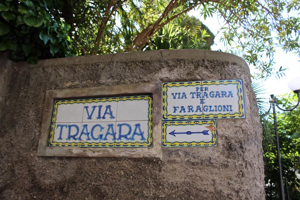 Entlang der Via Tragara zum Aussichtspunkt.