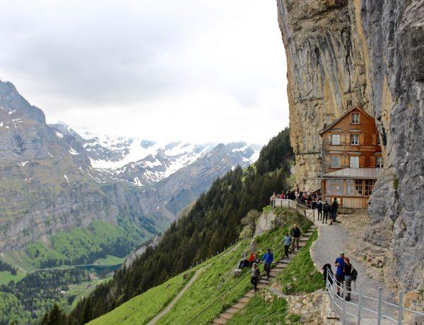 Das weltbekannte Berggasthaus Äscher auf der Ebenalp.