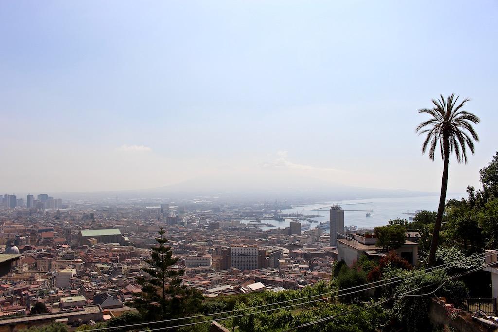 Sicht von Vomero auf Neapel.