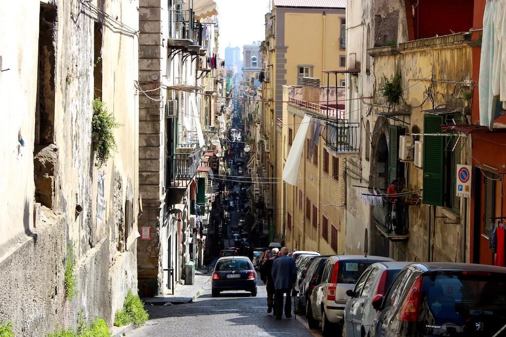 Das chaotische Neapel lohnt sich zu entdecken!