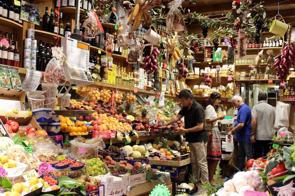 Einkaufen in Brera in Mailand.