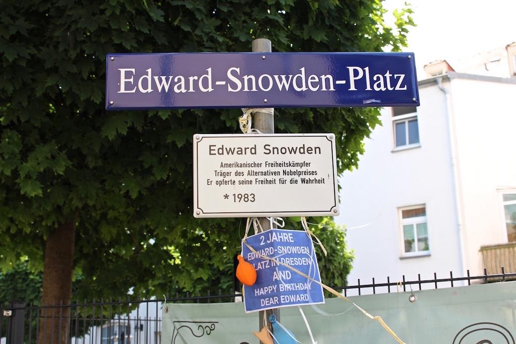 In Dresden gibt es sogar einen Edward-Snowden-Platz!