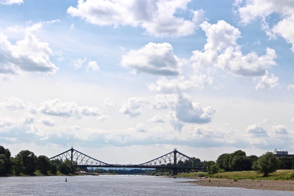 Das Blaue Wunder, welches die Elbe überspannt.
