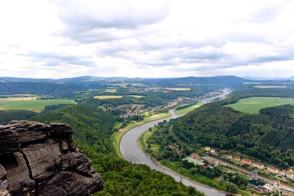 Ausblick von Lilienstein über das Elbtal.