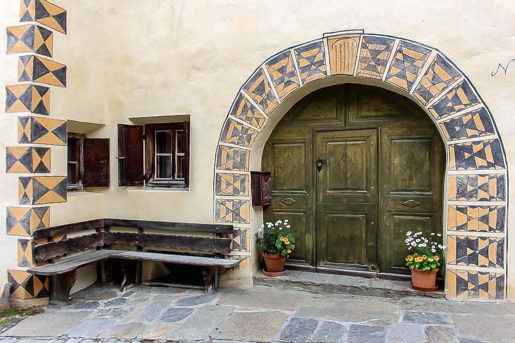 Die schönen Türen der Engadiner Häuser...