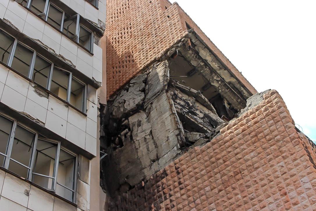 Zerbomte Häuser als Sehenswürdigkeit? Gewöhnungsbedürftig.