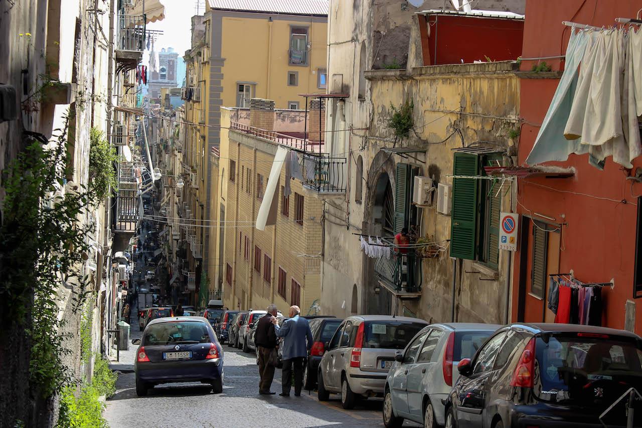 In den Gassen von Neapel.