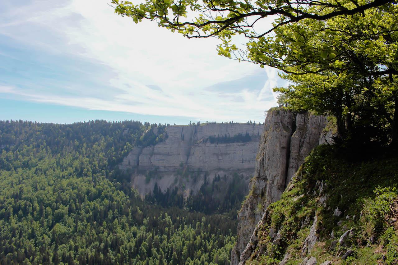 """Creux du van, der """"Schweizer Grand Canyon""""."""