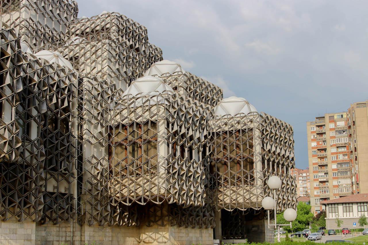 ...gewählt zum dritthässlichsten Gebäude der Welt.