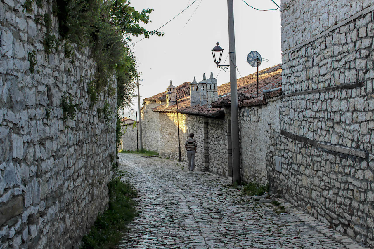 Unterwegs auf dem Burgberg in Berat.