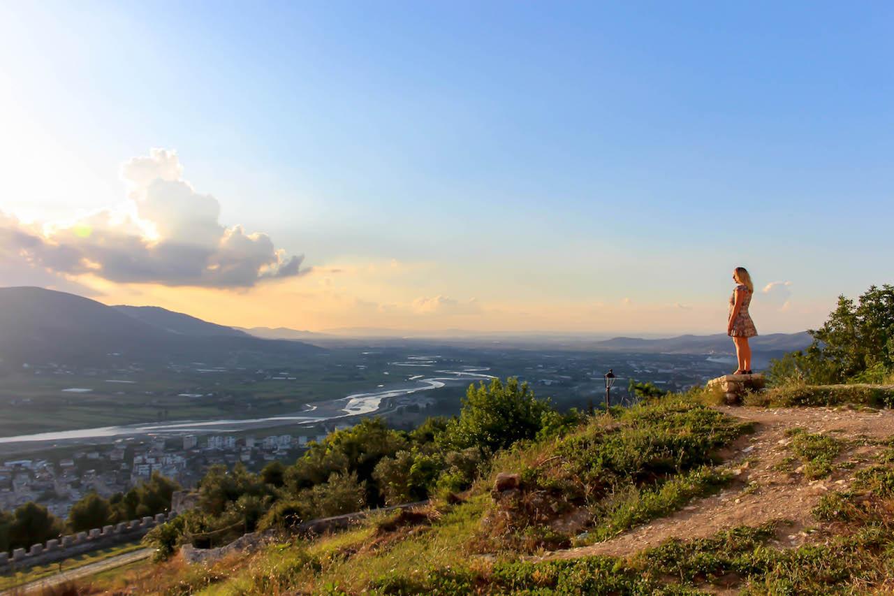 Den Sonnenuntergang in Berat geniessen.