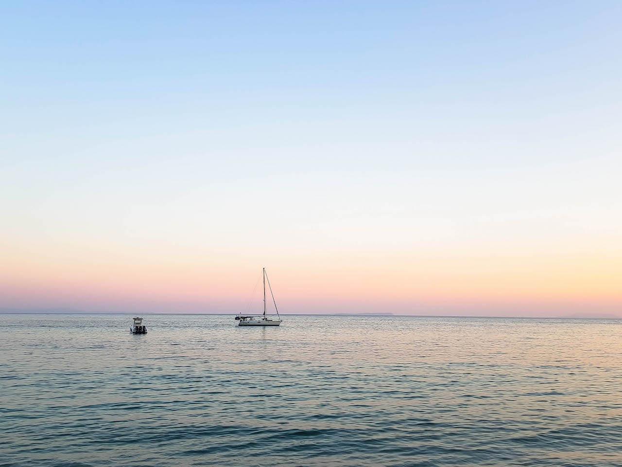 Idyllische Abende am Meer.