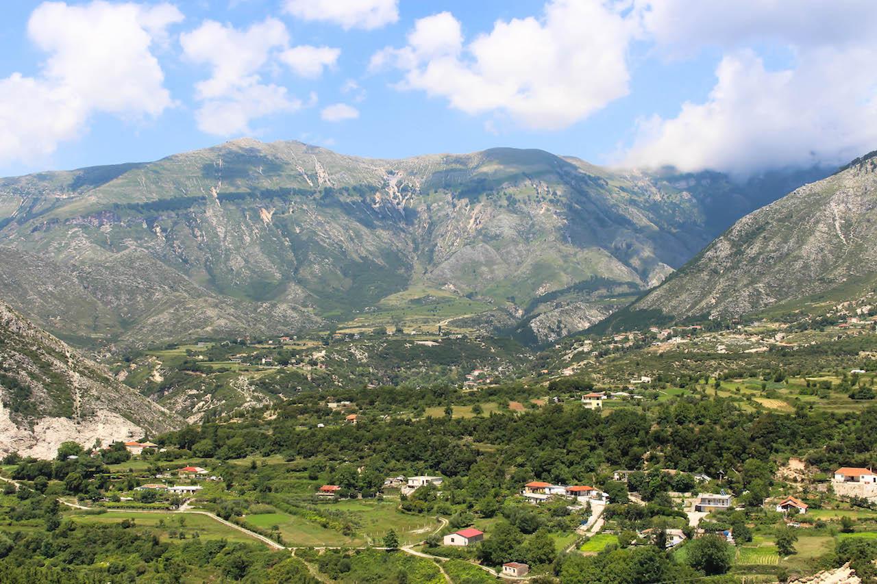 Fahrt auf den Llogara Pass in Albanien.