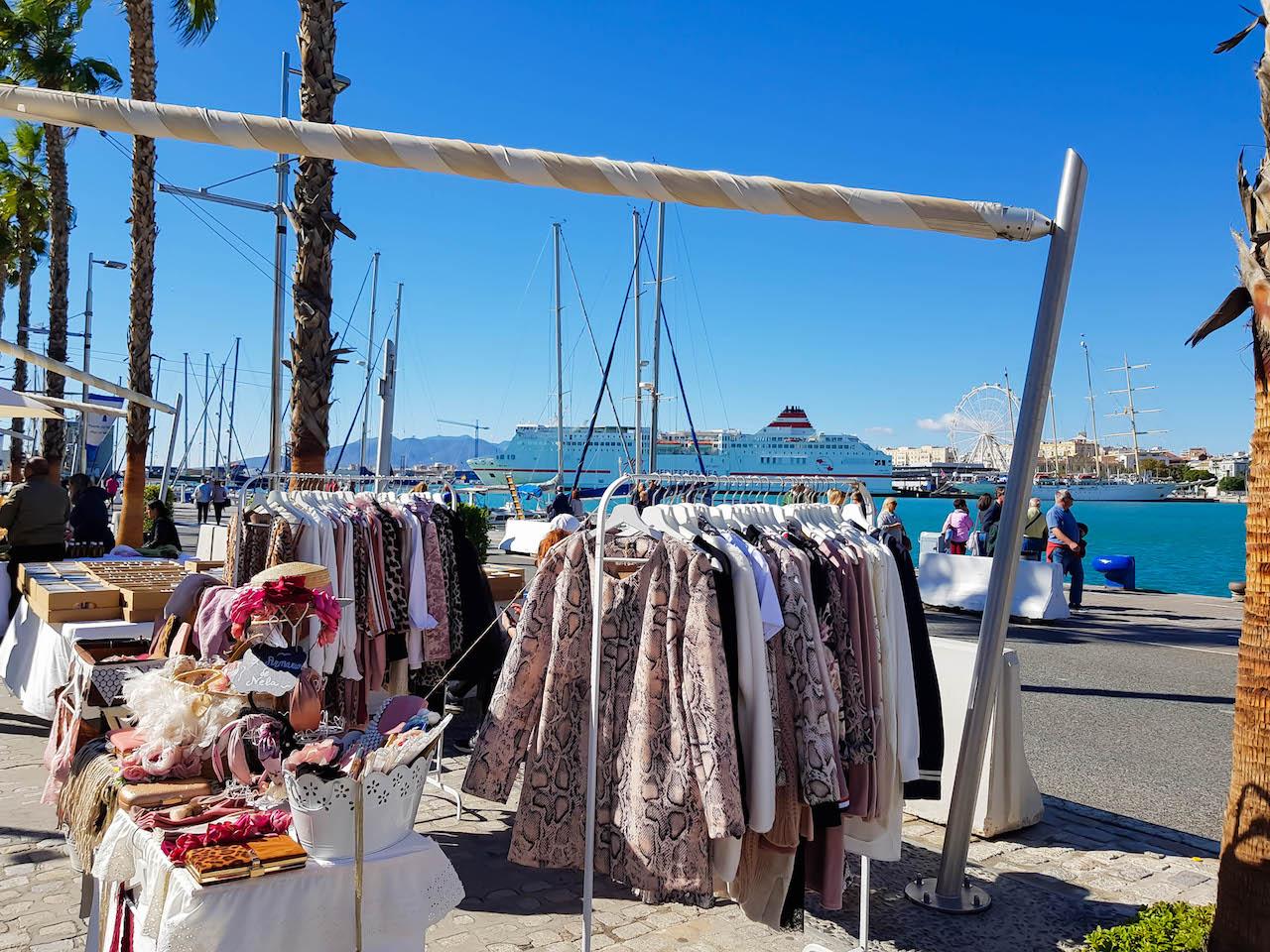 Markt an der Muelle Uno.