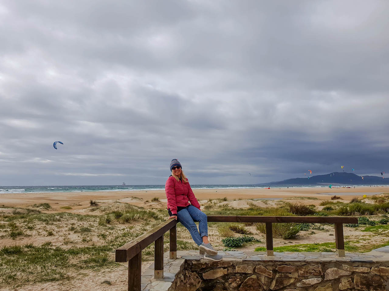 Sarah am Strand in Tarifa.