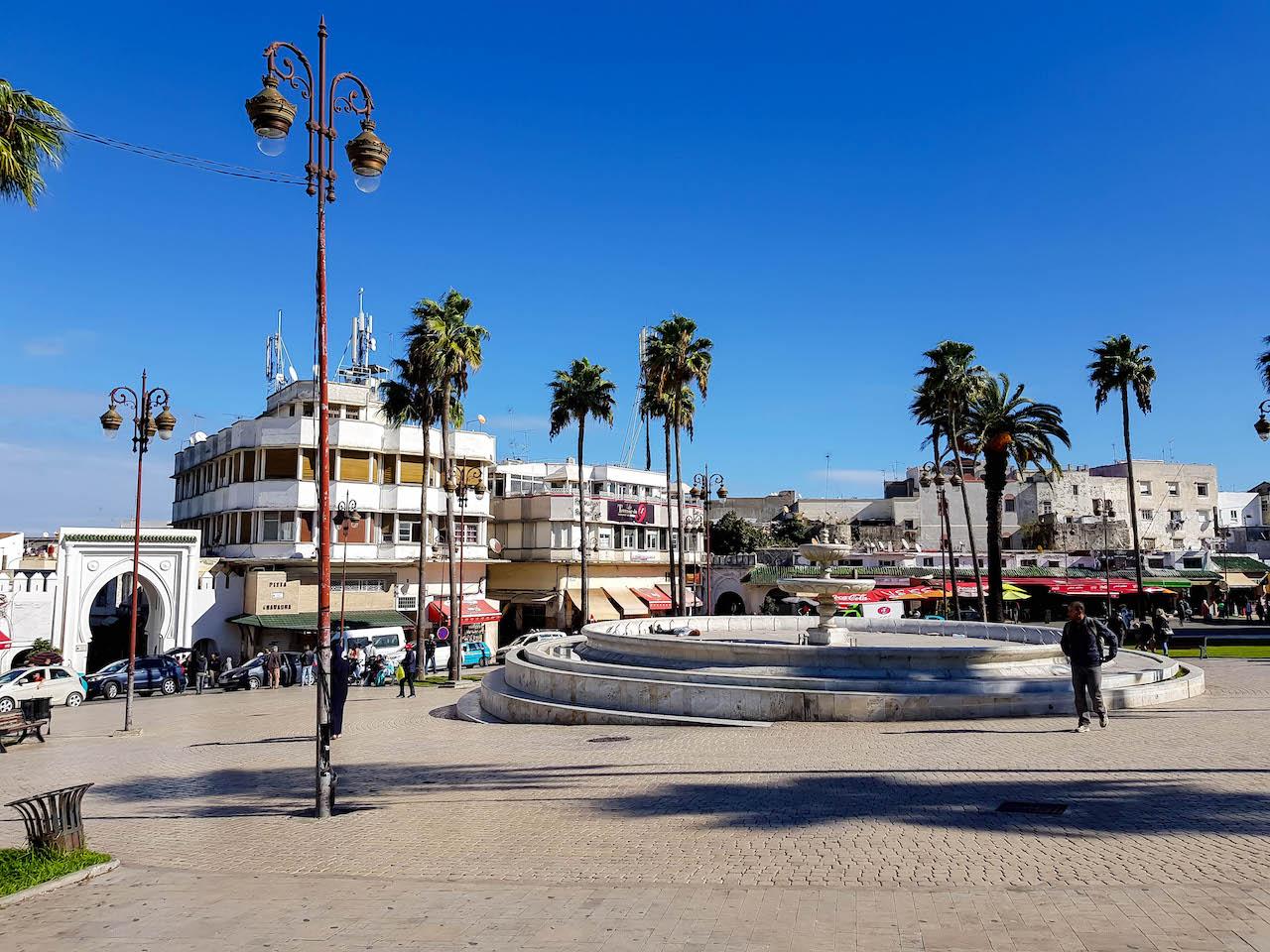 Mitten im lebhaften Tanger.