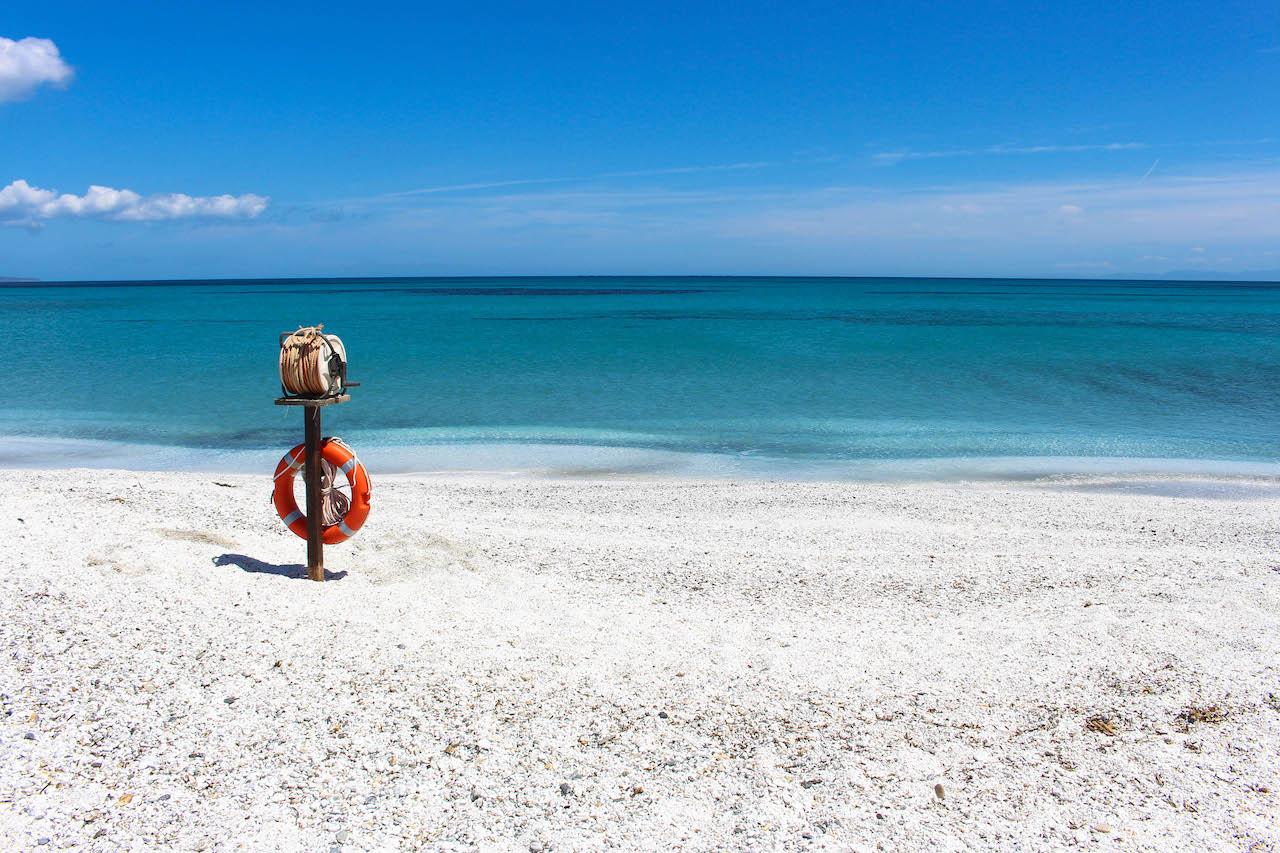 Der Strand Le Saline auf Sardinien.
