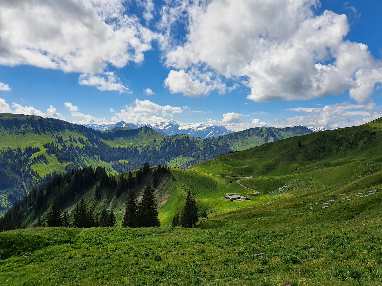 Um die Saanenländer Dolomiten: Rundwanderung um die Gastlosen